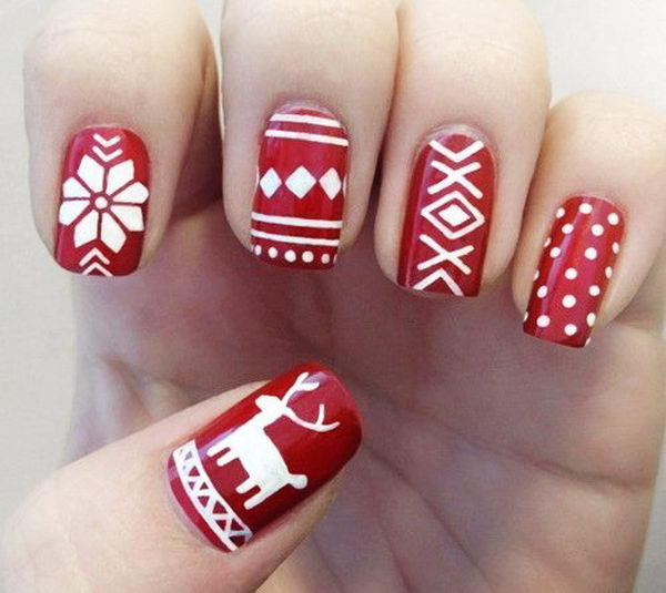 25 cool christmas nail designs hative cool christmas nail designs decorate your nails in the spirit of christmas prinsesfo Choice Image