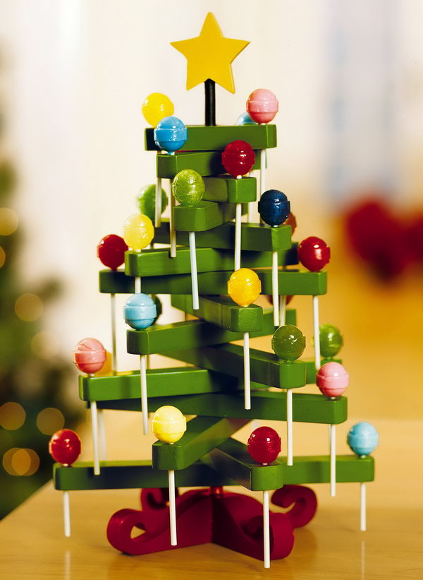 Charming Clothespin Crafts Christmas Part - 12: Clothespin Lollipop Tree.