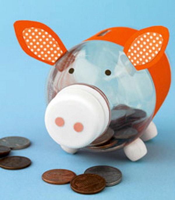 15 creative piggy banks make saving fun hative for Plastic bottle coin bank