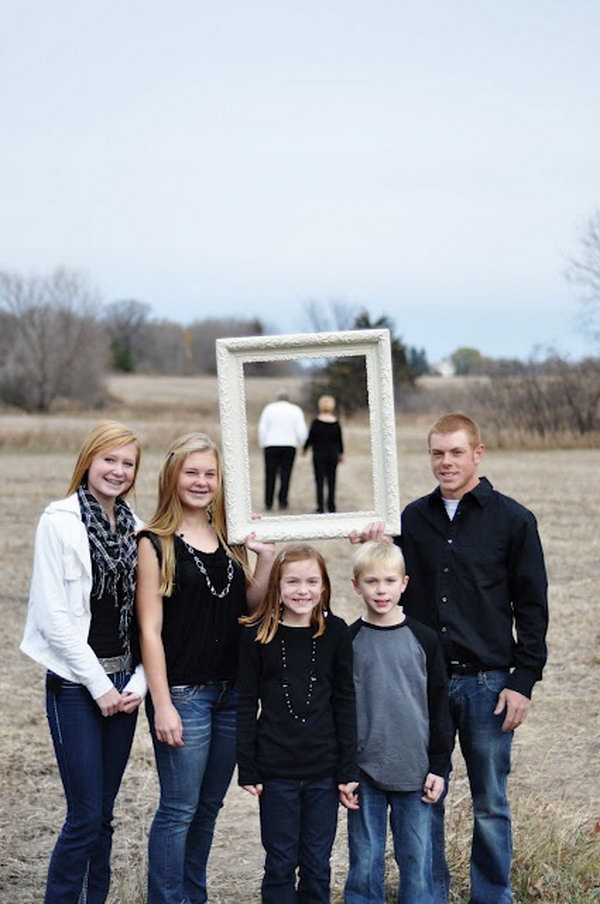 20 Fun and Creative Family Photo Ideas Hative