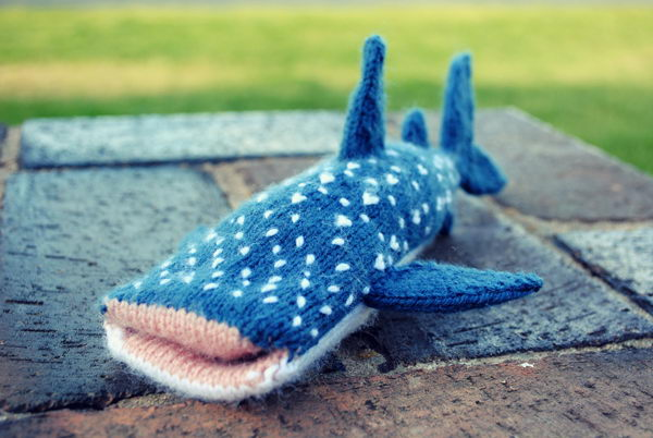 Knitted Shark iPhone Cover. Cool Knitting Project Ideas
