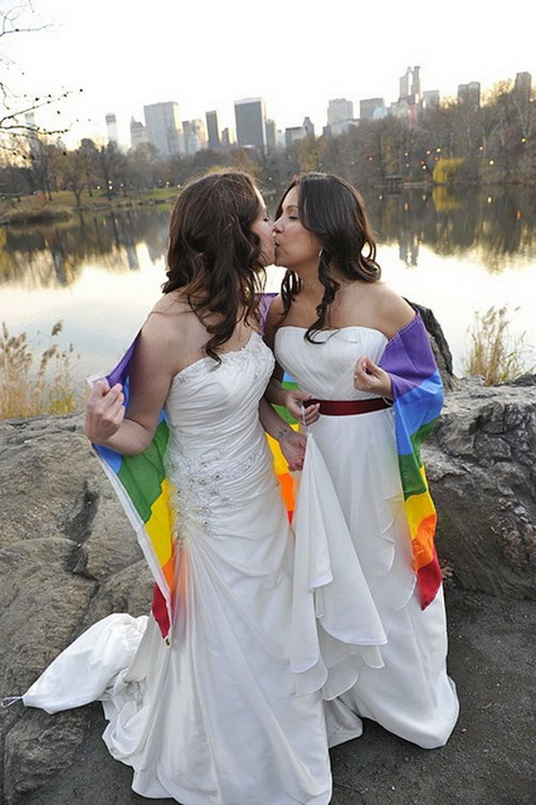 15 cute lesbian wedding ideas hative cute lesbian wedding ideas make your special day and your ceremony more enjoyable and memorable junglespirit Gallery