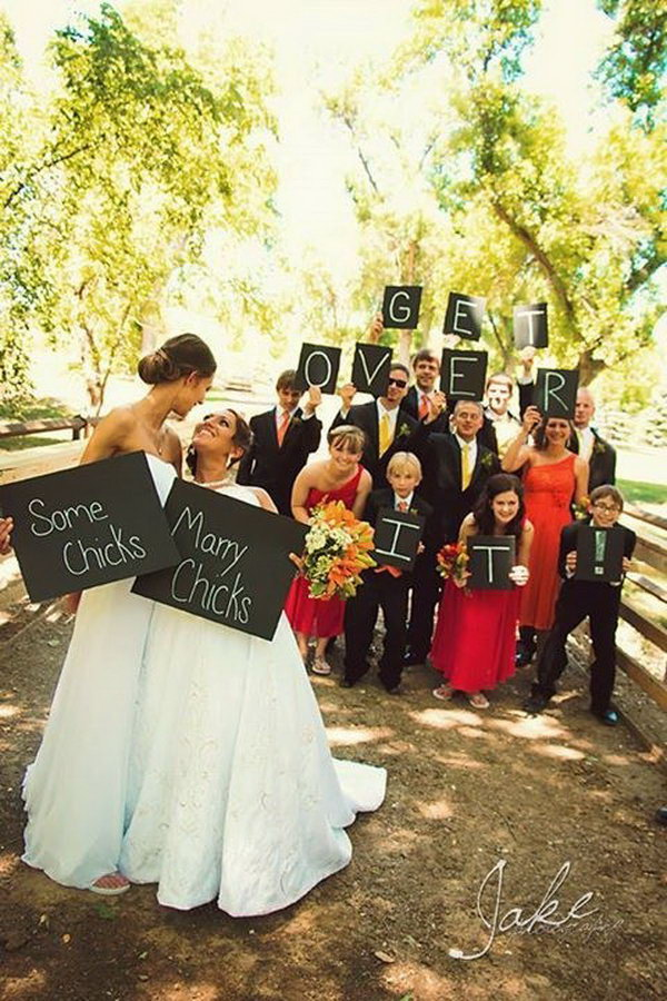 15 cute lesbian wedding ideas hative for Wedding photo ideas list