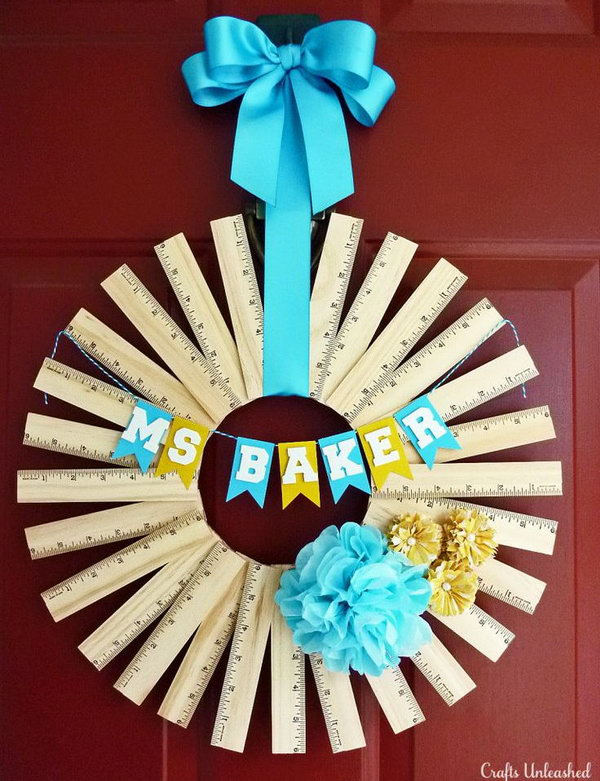 Personalized ruler wreath. Rulers are not only used to measure things but also can be used to create some creative things. Perfect for back to school or teacher gifts.