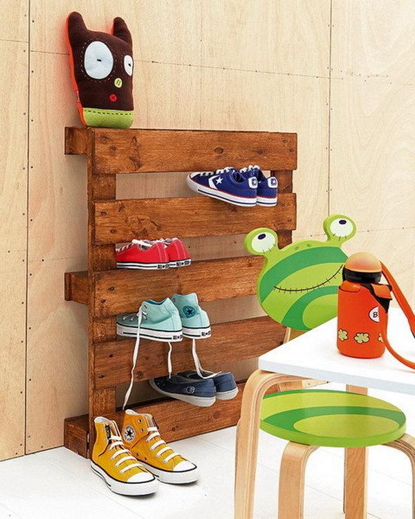 Wooden Pallet Shoe Storage,