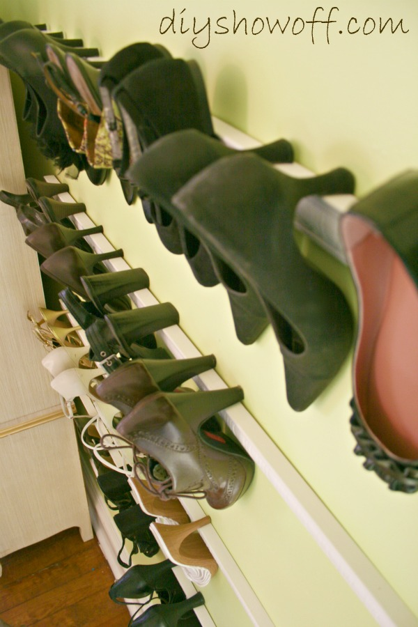 Decorative Molding for Shoes Storage 15 Creative