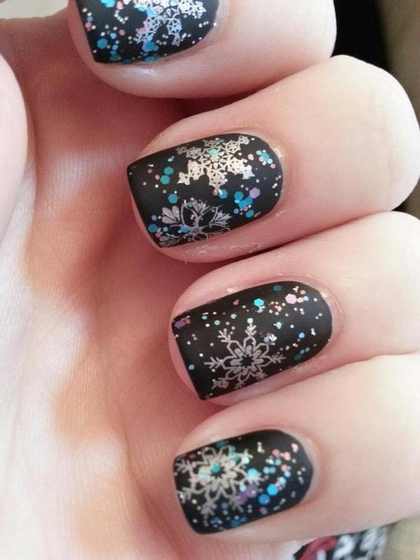 20 Cool Snowflake Nail Art Designs Hative