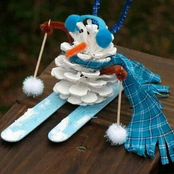 Pinecone snowman. Add charm to any Christmas tree or gift box, and make charming and thoughtful holiday presents for friends and family members.
