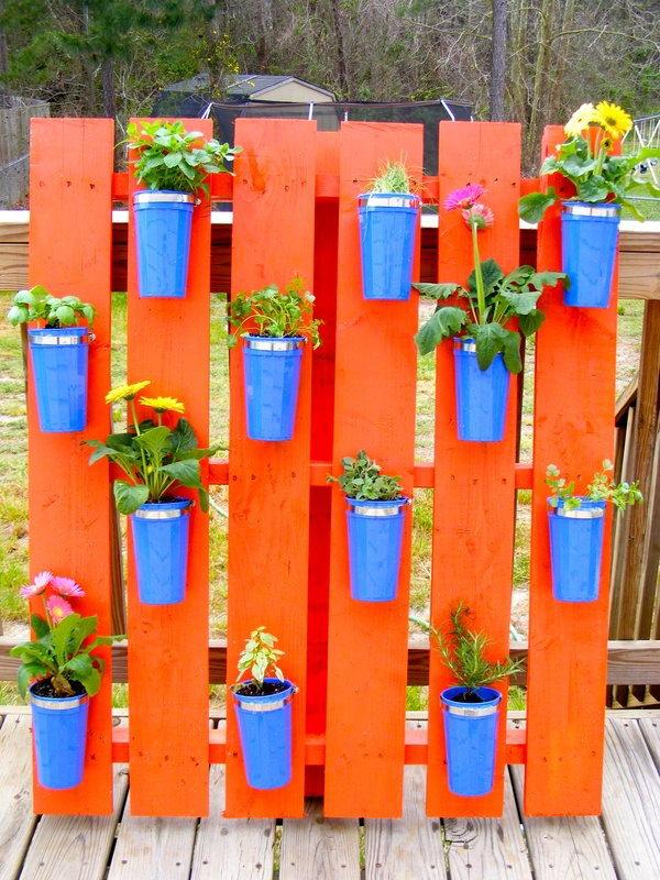 20  cool vertical gardening ideas