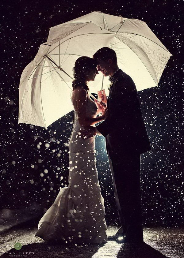 15 creative winter wedding ideas hative winter weddings are glamorous and dramatic and different from the traditional summer and fall wedding junglespirit Image collections