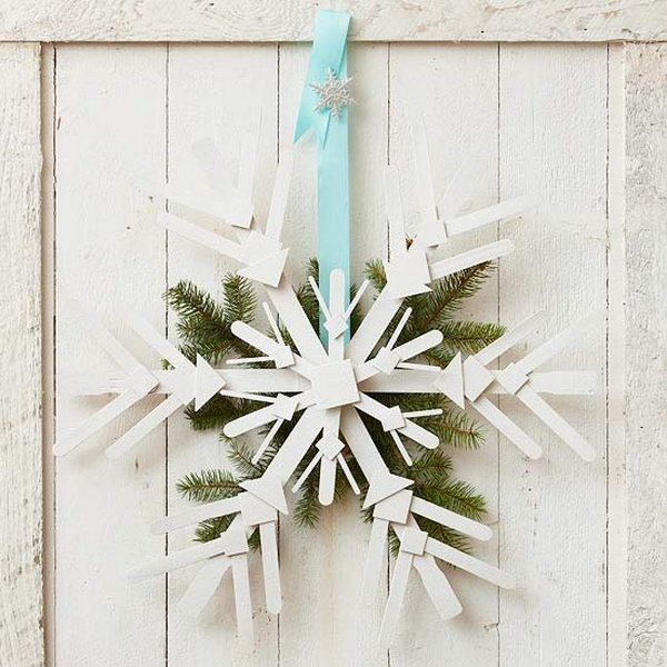 Wooden Snowflake Wreath.