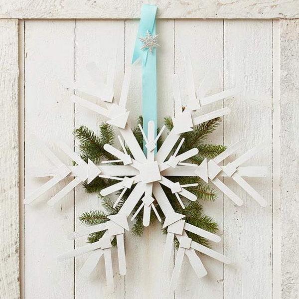 Wooden Snowflake Wreath.