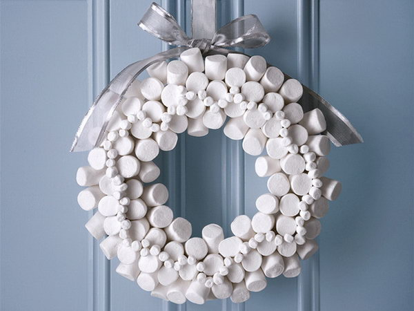 Marshmallow Wreath.