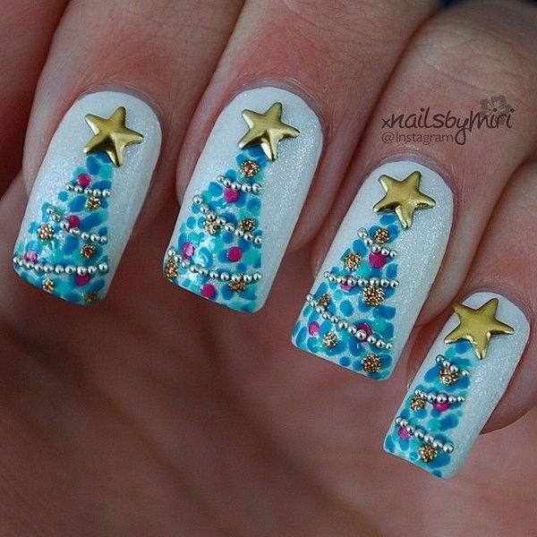 Celebrate The Holiday Season with Christmas Nail Art - Hative