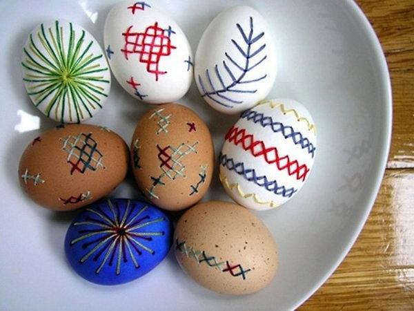 20 DIY Egg Decorating Ideas & Tutorials