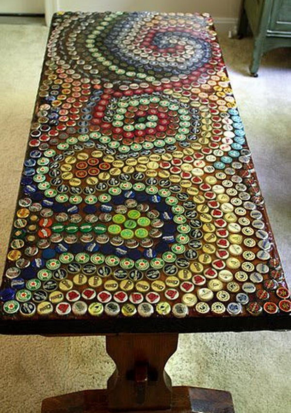 Diy ideas with bottle tops hative for How to make a table out of bottle caps