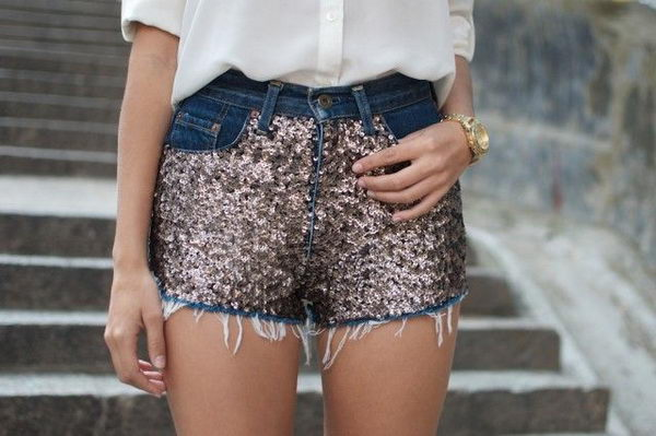 Sequins Shorts. Decorate your old shorts with colored ropes, wire, buttons or zippers, denim, sequins, silk and lace and what ever you like. It is fun and inspiring to make some creative shorts for yourself.