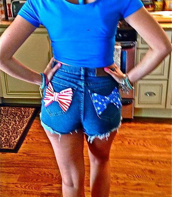 Bows Decorated Shorts. Decorate your old shorts with colored ropes, wire, buttons or zippers, denim, sequins, silk and lace and what ever you like. It is fun and inspiring to make some creative shorts for yourself.
