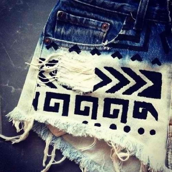 Tribal Print on Shorts. Decorate your old shorts with colored ropes, wire, buttons or zippers, denim, sequins, silk and lace and what ever you like. It is fun and inspiring to make some creative shorts for yourself.