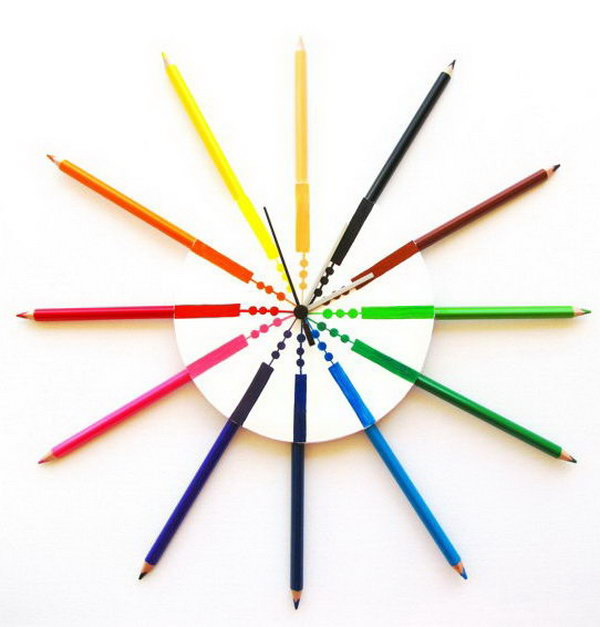 This colored pencil wall clock is great for kids' bedroom wall decoration.