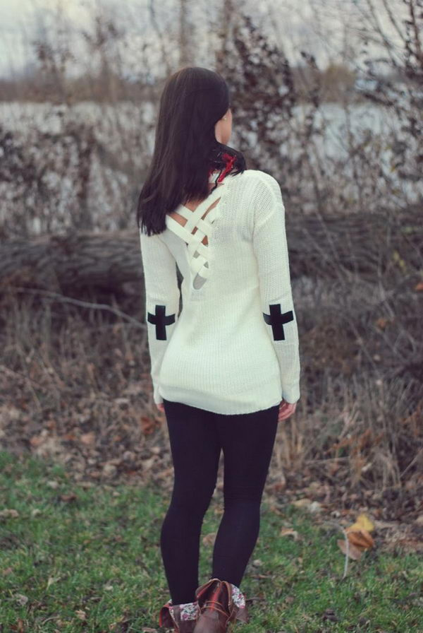 Cross Elbow Patch. Create a style of intelligence, distinction and romantic fashion. Give your old sweater or jacket a new life.