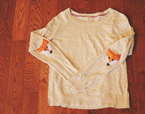 Fox Elbow Patches. Create a style of intelligence, distinction and romantic fashion. Give your old sweater or jacket a new life.