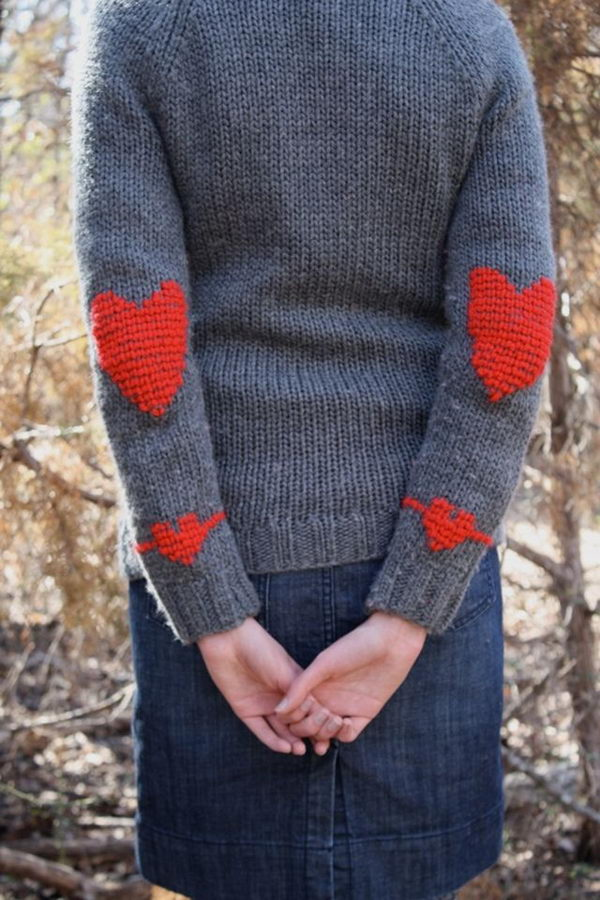Heart Elbow Patches. Create a style of intelligence, distinction and romantic fashion. Give your old sweater or jacket a new life.