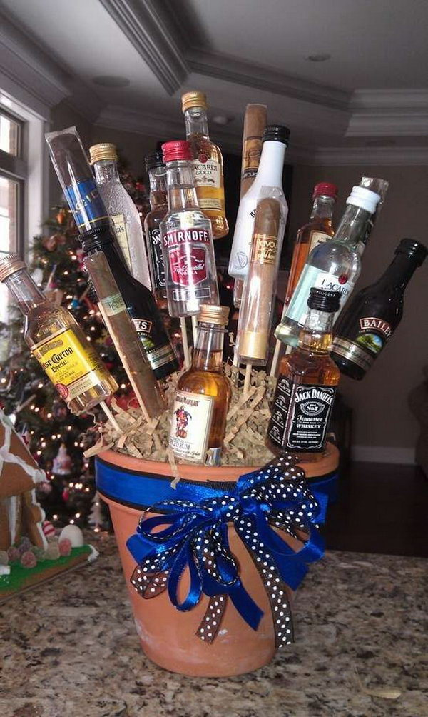 Alcohol Bouquet for Drinker. Drink enough at this happy time. Enjoy the alcohol with the groomsmen in the best day!