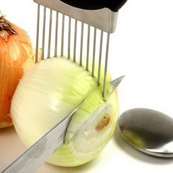Onion Holder. Now You Donu0027t Have To Worry About Cutting Your Fingers Off Amazing Ideas