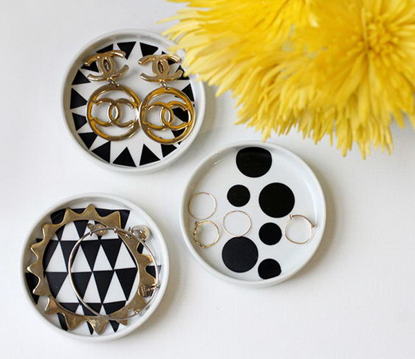 DIY Mod Podge Jewelry Dish. Paint the geometric patterns inside of your dish with Mod Podge. A cute jewelry display idea.