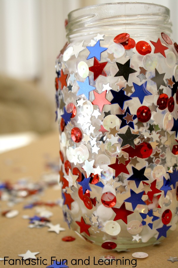Easy Jar Candle Craft for 4th of July. A great idea to place the crafts outside to decorate for Fourth of July. You can also claim them as nightlights for their bedrooms.
