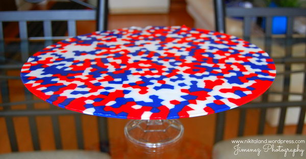 Pizza Pan Patriotic Platter A Diy Made With Red White And Blue Beads