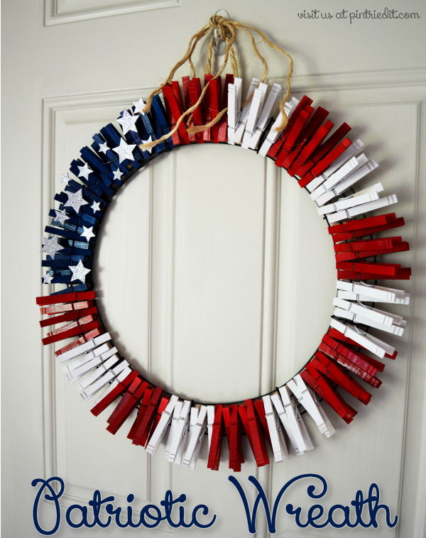 DIY Patriotic Wreath from Clothes Pins. An easy idea to dress up the door with this cute Patriotic wreath.