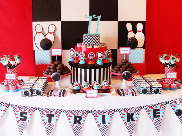 What a great birthday party. The party chooses a bowling theme and so well planned. There are lots of red ,white and bright colors.