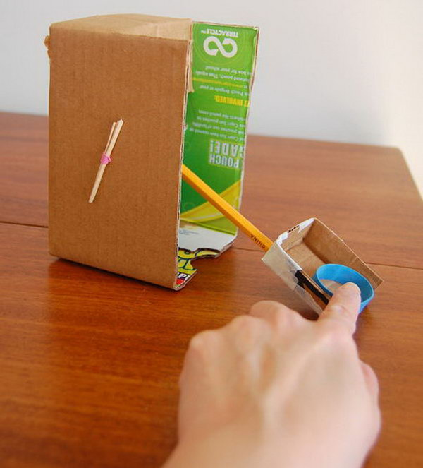 Cardboard Catapult. If you have some cardboard around you, don't turn them into the trash. Here is a good idea for you to change them into a great toy with other materials like, a sturdy box, thick strong rubber band, a pencil, toothpicks and a matchbox, or a small shallow box. Learn how to do it. http://hative.com/catapult-projects-for-kids/