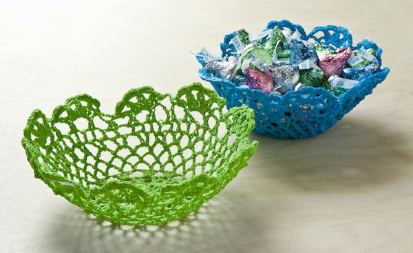 Use Some Doilies To Make These Beautiful Bowls It Is A Great