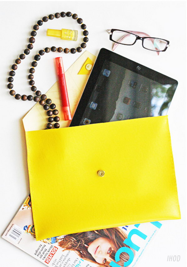 Leather iPad case. It doesn't take you much time to make this iPad case, in about 25 minuters. I love this bright color, yellow. Of course, you can choose any color you like. Learn how to make it here.