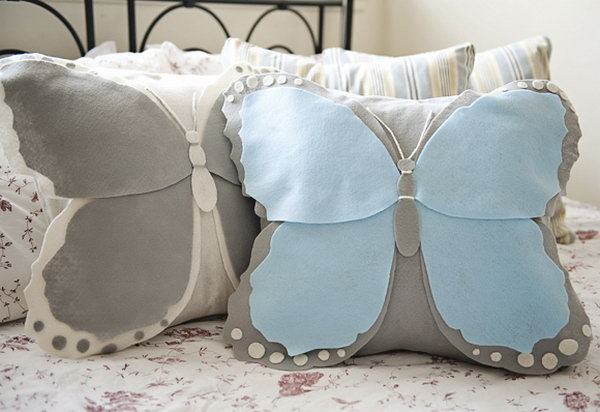 Do you like this delightful pillow in the form of a butterfly? And this one is just as easy to make and equally adorable. Learn how to do