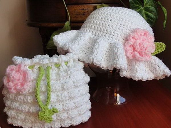 Easter Bonnet Dressy Hat. This adorable ester bonnet dressy hat is so well refined for your baby or young kids with crochet pattern. The dressy hat and the crochet purse are just a perfect match.