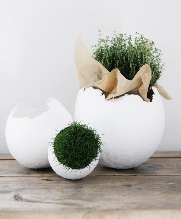 Adorable Easter Egg Decor. DIY this outstanding decoration craft by planting moss, grass or flowers in these crafty eggs. Once you see this adorable Easter egg decoration, you will feel happy for the whole day.