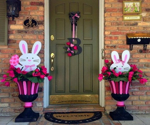 Easter Bunny Decoration The Cute In Decorated Flowerbed Makes This Style