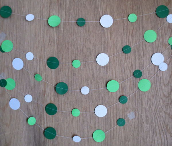 Circle Paper Garland. This garland is easy to hang on mantels or draped over tables. It will definitely get your graduation party spiced up with its double sides.