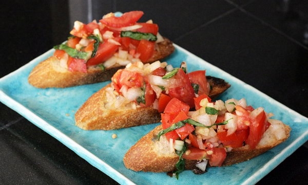 Bruschetta Recipe. Prepare this Italian appetizer to celebrate your party with toasted breads rubbed down with garlic, olive oil, sea salt and fresh pepper in a few minutes.