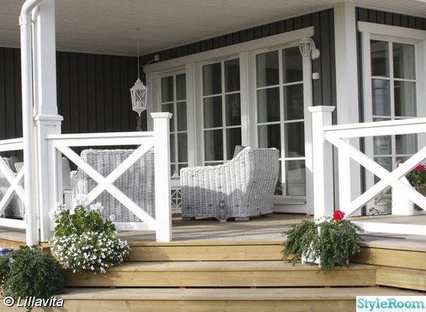 natural color deck and white x shape railing - Patio Handrail Ideas