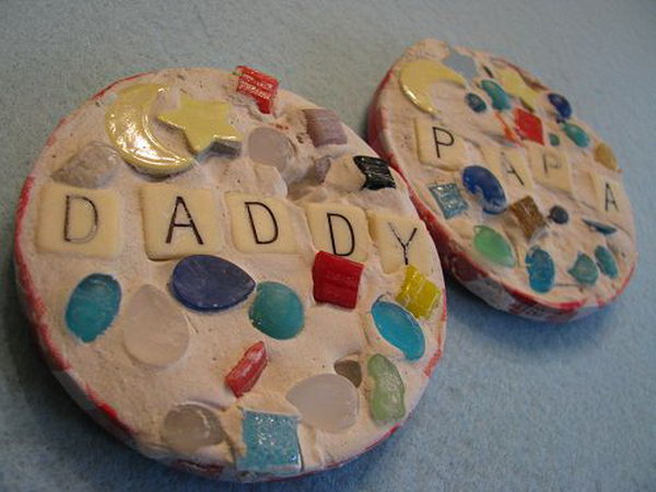 DIY Mosaic Coasters for Father's Day.  This beautiful mosaic coasters can be made with many materials like plaster, tiles and pebbles. Kids can place words to show love to Dad on it.  See the tutorial here.