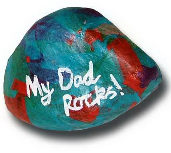 Handmade Dad Rocks Paperweight.  This colorful handmade Dad rocks paperweight looks like so much fun to make. You can do it in any color and add different words to the rock. Get the tutorial here.
