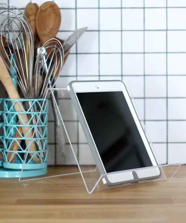 This iPad stand works great for following recipes online when you are cooking.It will be a great gift for your mother.