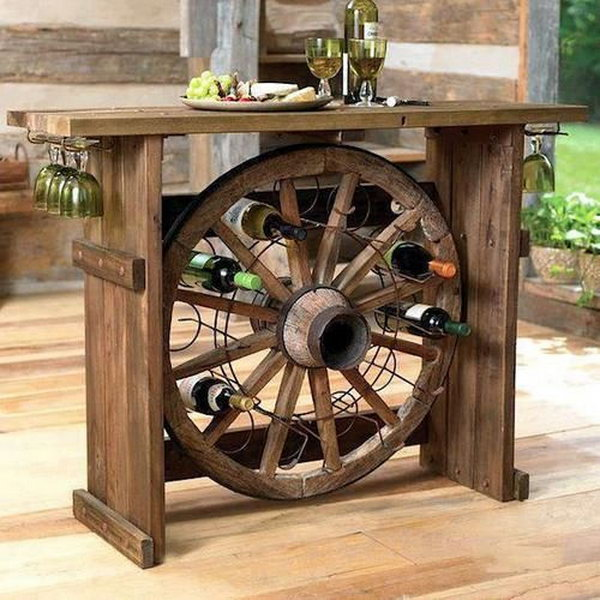 15 cool and budget diy wine bars hative for Bar licorera de madera