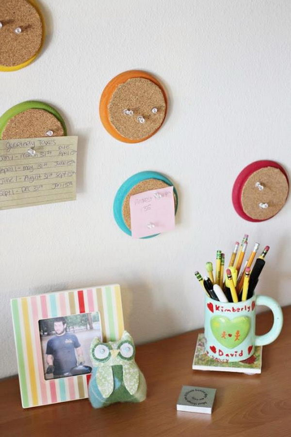 Mini Corkboards. Paint the wooden disks in bright colors, cover it with cork board, it's so cool to pin your labels or tags to enhance girls' home decor.