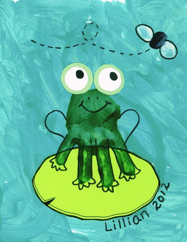 Handprint Frog Craft.